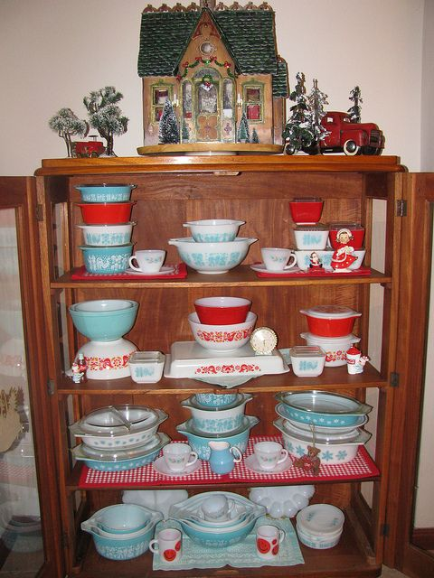 Love the colors in this pyrex display