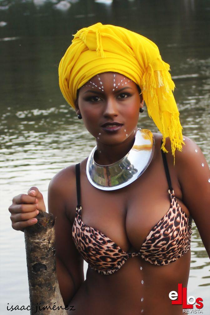 Model:Mayte Brito Medina,Miss Global Teen Dominicana 2010 Photographer:Isaac Jimenez Makeup: Rafi Castillo