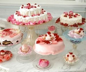 nice cake stands by rosemarie