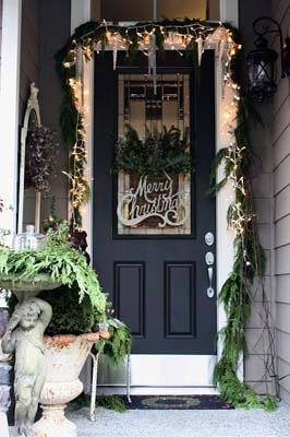Front Door Decorations | Holiday Front Door Decorating Ideas