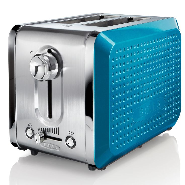Make their dorm room feel like home with this Bella Dots Toaster. #backtocollege