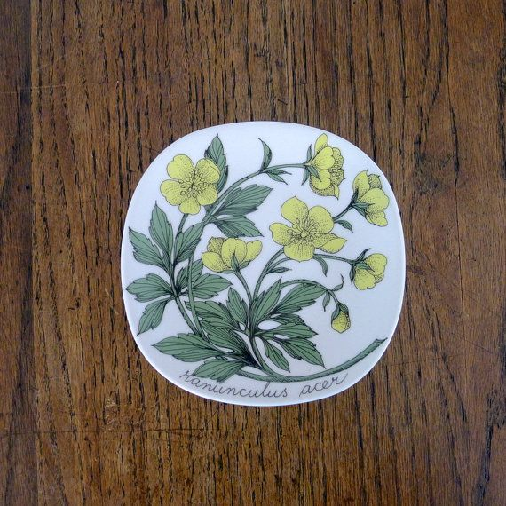 Vintage Arabia Finland Wall Plate Esteri Tomula by AgedNicely