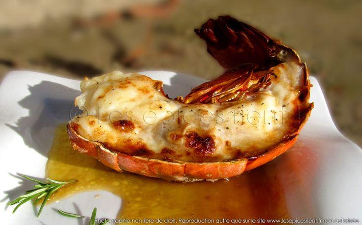 Queue de langouste grillée au four, sauce au Vieux Pineau des Charentes