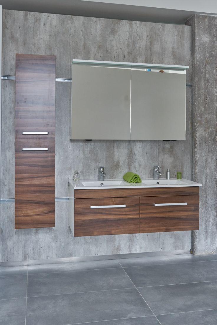 Oblíbený koupelnový nábytek s dřevo dekorem bude hvězdou vašeho koupelnového interiéru. Přijeďte si vybrat svého favorita na vlastní oči do showroomu ve Svitavách.