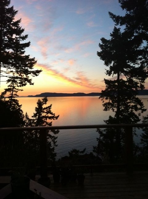 View from a Maracaibo bookclub on #Saltspring.