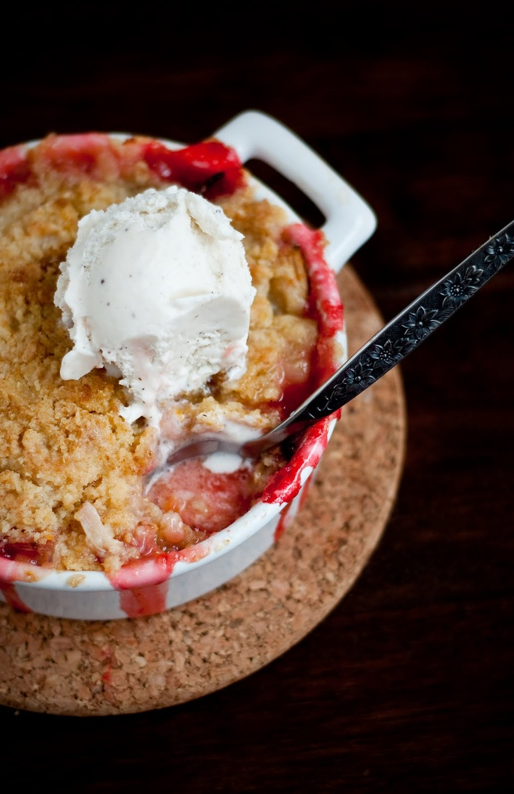 Desserts for Breakfast: Strawberry Rhubarb (and Orange!) Crumble, or My First Rhubarb