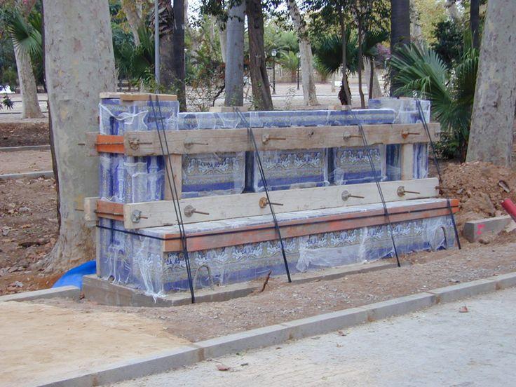 Reproducción bancos cerámicos. Alicer Parque Ribalta. Castellón