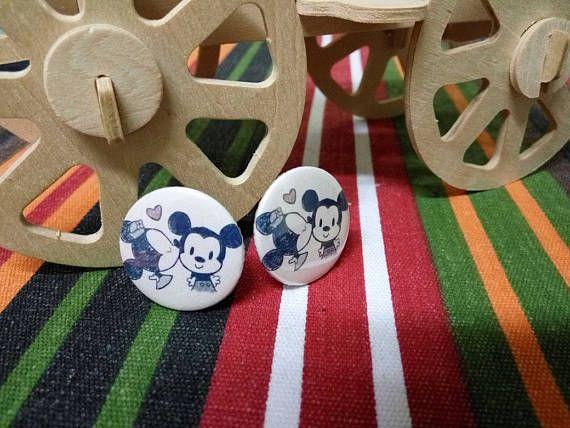 Cute Clip On earrings for kids and young ladies!  #MickeyandMinnie #cliponearrings #earrings #kidsearrings #ladiesearrings #kidsjewelry #buttons #badges #comicjewelry