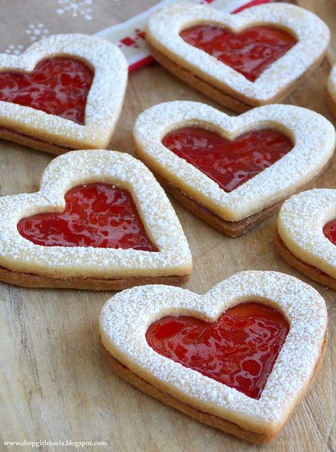Shopgirl: Linzer Heart Cookies