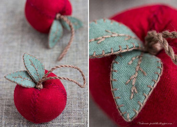 Новый год на Sees-All-Colors: Текстильные елочные игрушки Татьяны Максименко