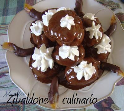 Profiteroles all'arancia candita e cioccolato fondente