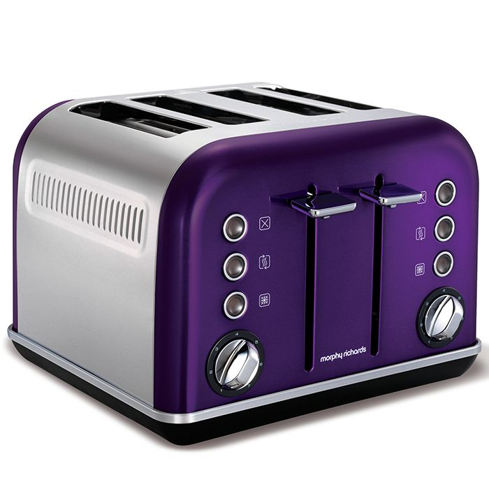 Plum purple kitchen appliances for your heart's content. The Accents collection from Morphy Richards also comes in yellow, red, blue, stainless steel, black and white. CHoose your favourite!