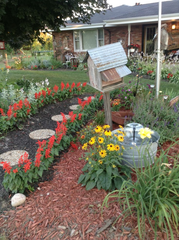 Full Garden In Backyard: 12 Best Ideas About My Primitive Home On Pinterest