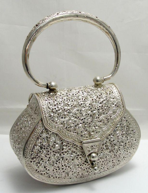 GABRIELLE'S AMAZING FANTASY CLOSET | sterling handbag - beautiful