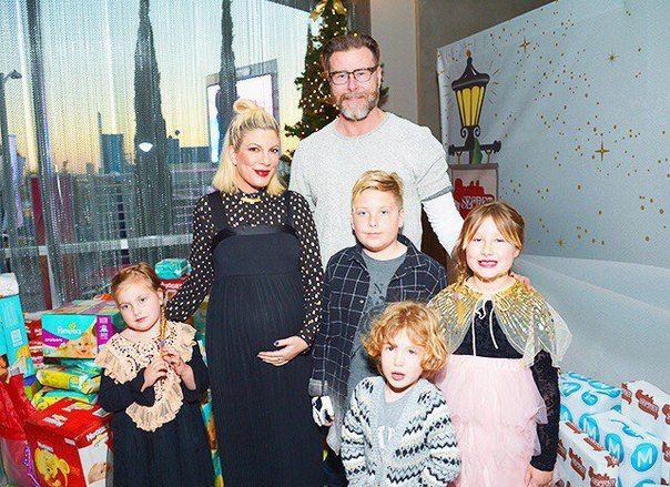 Звезда Беверли-Хиллз 90210 Тори Спеллинг стала матерью в пятый раз