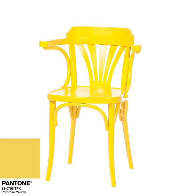 Fotel 24 TON w kolorze primrose yellow Pantone.
