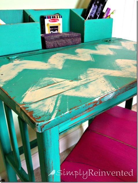 Turquoise Chevron Desk -- LOVE -- want a small desk just this size to use in my dining area for my laptop!!!!