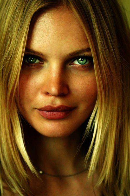 Elena Kuletskaya By Mike Dowson Portrait Pinterest