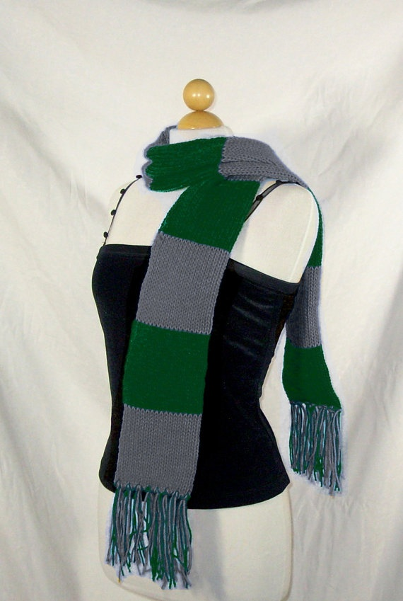Harry Potter Scarf Knitting Pattern Slytherin : 17 Best images about Harry Potter on Pinterest Ravenclaw ...