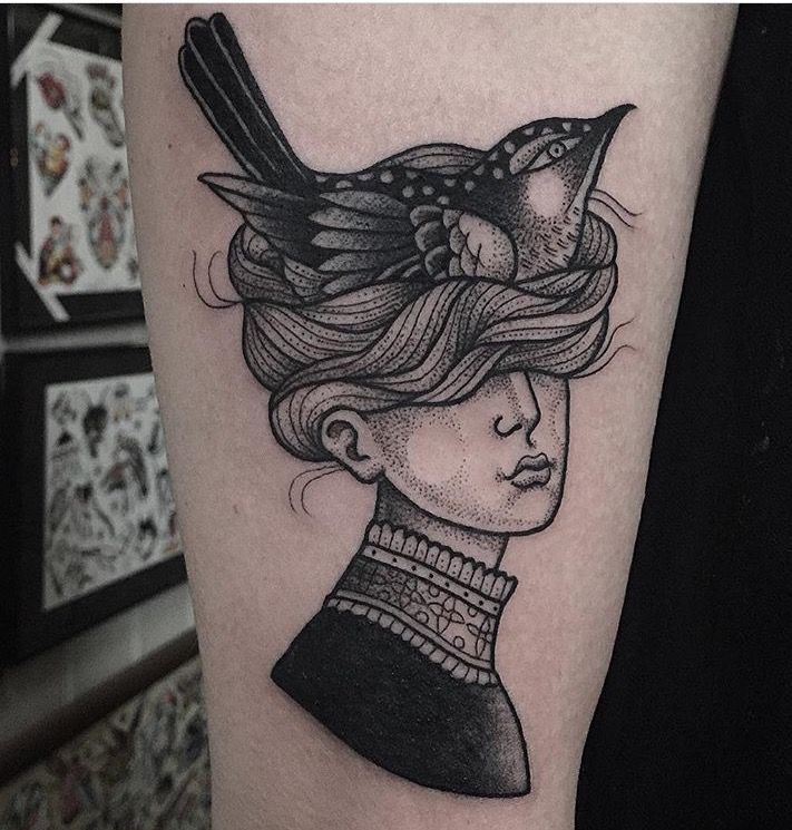 Susanne Konig bird tattoo