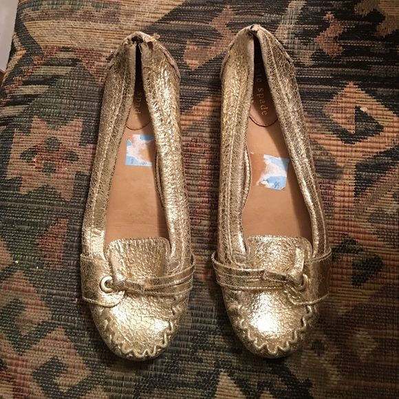 KATE SPADE LAURA GOLD LEATHER SHOES 6 M as is KATE SPADE LAURA GOLD LEATHER FLATS. BOTH SHOES HAVE A PUPPY CHEW IN THE BACK. SELLING AS-IS.  WORN ONCE. PRICE TAG ATTACHED $225 KATE SPADE Shoes Flats & Loafers