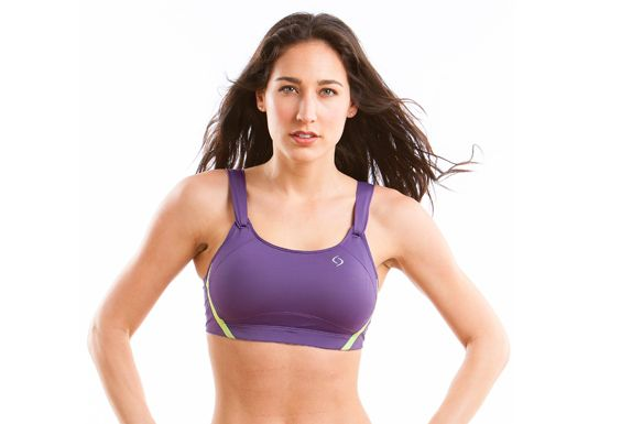 How To Pick the Best Sports Bra for Large Breasts ...