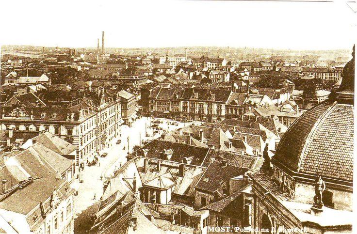 Starý Most 1.nám. pohled na střechy města z děkanského kostela.