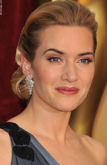 Kate Winslet inspires me because of her true beauty and the virtues she instills in her daughter. It's not about meeting a standard, but being beautiful in yourself.