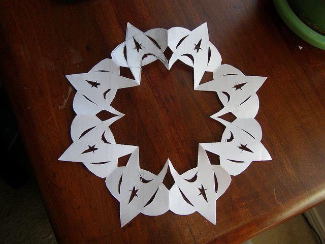 Nerdflakes: Star Trek insignia snowflake– links to a rough of the pattern.