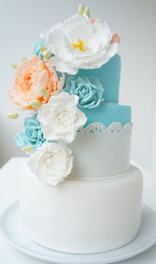 peach wedding cake flowers 56 best gorgeous wedding cakes and images on 18145