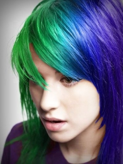 i think its awesome people can do this with hair. i would totally do this if it wouldn't freak out my family haha