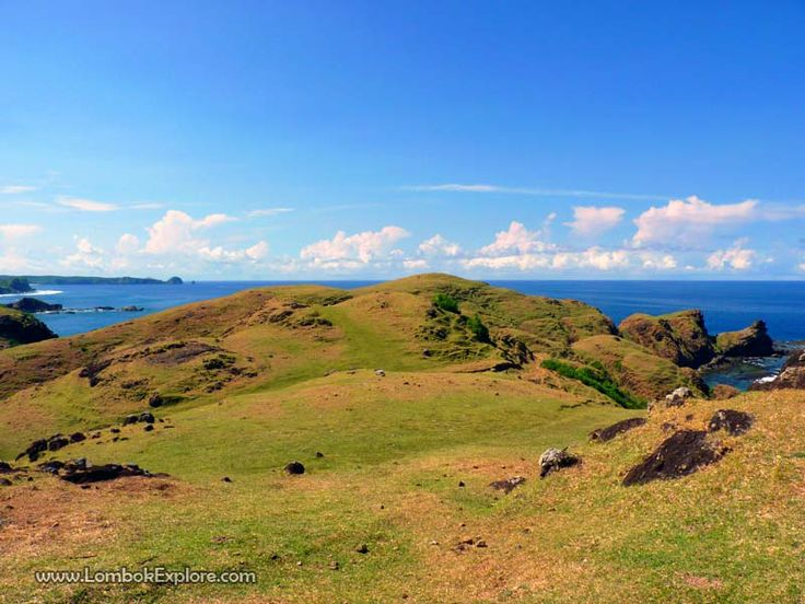 Bukit Merese (Merese hill), Central Lombok, Indonesia. For more information, please visit www.LombokExplore.com.