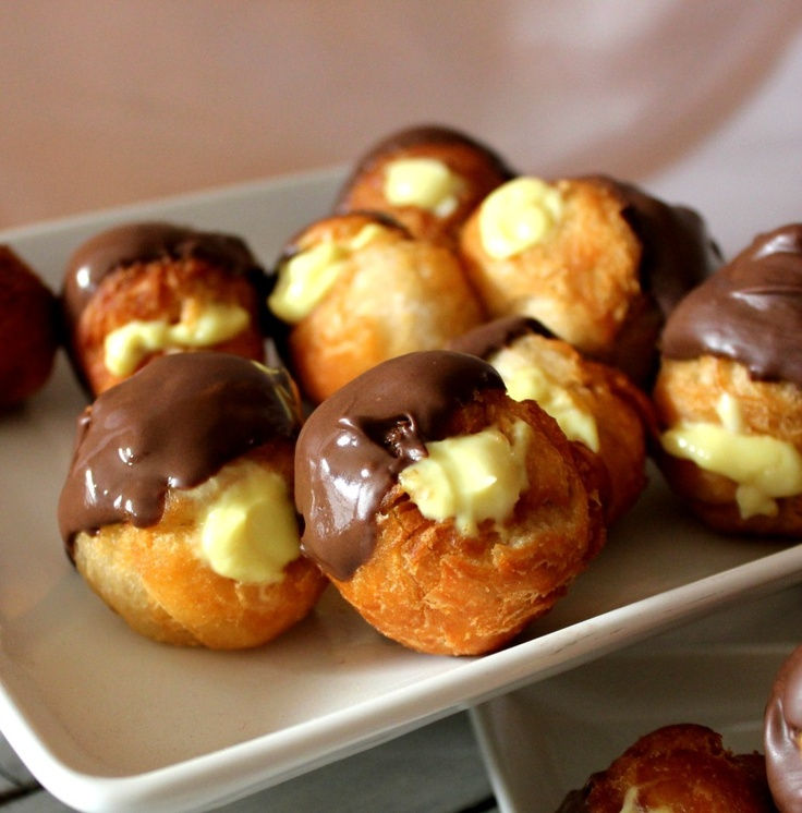 Boston Cream Doughnut Holes ---- sinful little fried creations made from canned flaky biscuits, vanilla pudding mix, and chocolate bark.