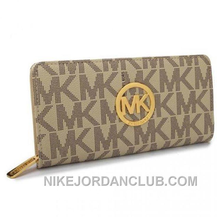 http://www.nikejordanclub.com/michael-kors-signature-logo-large-beige-wallets-lastest-dmdqj.html MICHAEL KORS SIGNATURE LOGO LARGE BEIGE WALLETS LASTEST DMDQJ Only $34.00 , Free Shipping!