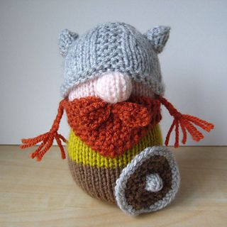 This just makes me smile! ERIK THE VIKING TOY KNITTING PATTERNS