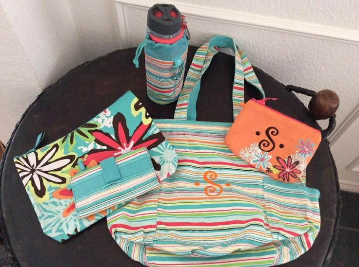 Loving the new summer patterns!!!  Thirty-one gifts.
