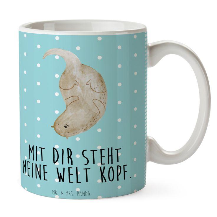 Tasse Otter kopfüber aus Keramik  Weiß - Das Original von Mr. & Mrs. Panda.  Eine wunderschöne spülmaschinenfeste Keramiktasse (bis zu 2000 Waschgänge!!!) aus dem Hause Mr. & Mrs. Panda, liebevoll verziert mit handentworfenen Sprüchen, Motiven und Zeichnungen. Unsere Tassen sind immer ein besonders liebevolles und einzigartiges Geschenk. Jede Tasse wird von Mrs. Panda entworfen und in liebevoller Arbeit in unserer Manufaktur in Norddeutschland gefertigt.     Über unser Motiv Otter kopfüber…