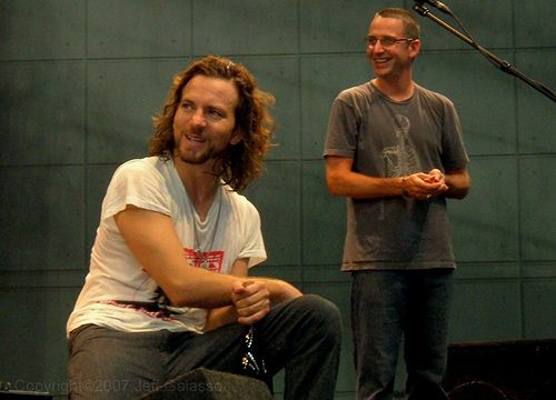 Eddie Vedder Gallery: Pics Where Eddie Looks Hot