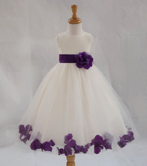 1000  ideas about Purple Flower Girl Dresses on Pinterest - Dark ...