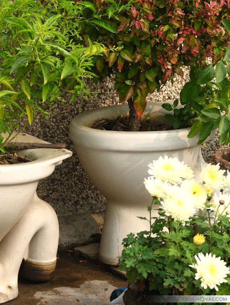 30+ Brilliant Ideas To Reuse Old Toilet Bowls | #toilet #used #декор