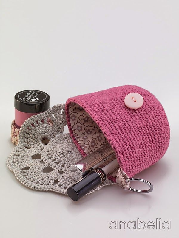 Anabelia craft design: DIY: MakeUp crochet pouches Blog in Spanish AND English s…