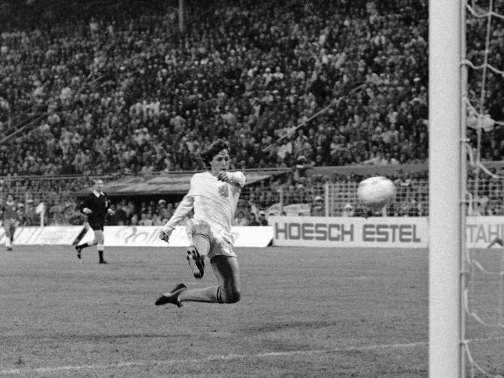 Su gol a Brasil en el Mundial'74