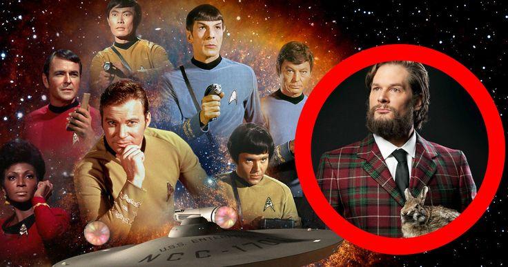 New 'Star Trek' TV Series Lands 'Hannibal' Showrunner Bryan Fuller -- 'Hannibal' creator Bryan Fuller has come aboard to serve as showrunner for CBS' new 'Star Trek' series, and co-write the script with Alex Kurtzman. -- http://movieweb.com/star-trek-tv-series-bryan-fuller-showrunner/