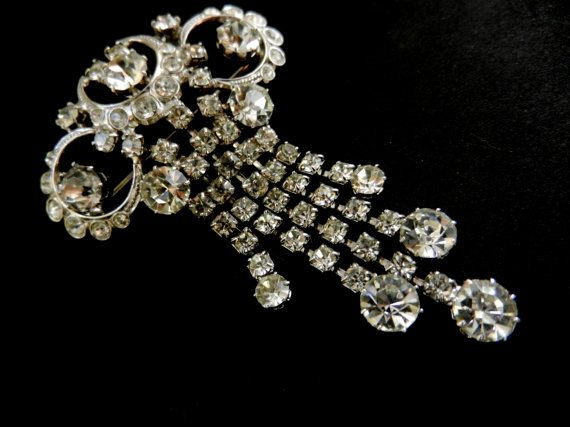 Brilliance  clear Diamante dangle brooch  1950 by RAKcreations