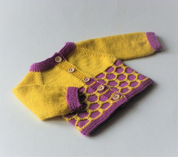 Pull en laine mérinos tricot jaune bébé fille veste avec
