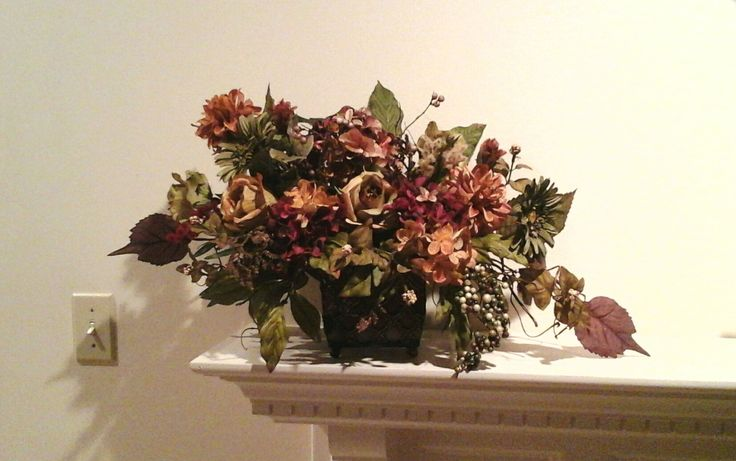 Floral arrangement silk floral centerpiece tuscan for Foyer flower arrangement
