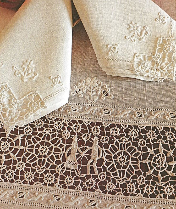 This whitework embroidery and needle lace combination is known as Tavernelle Val di Pesa. It's from the town of the same name and is located in Siena, Italy.  Image courtesy of https://www.pinterest.se/pin/564779609490178689/
