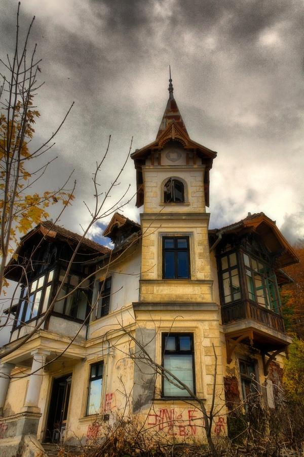 Deserted house, Predeal, Romania