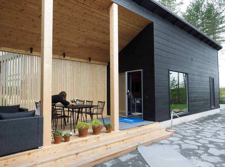 Honka Markki saunarakennus ja terassi