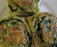 Recipe Spinach Feta and Pinenut Scrolls by ThermoCat - Recipe of category Baking - savoury